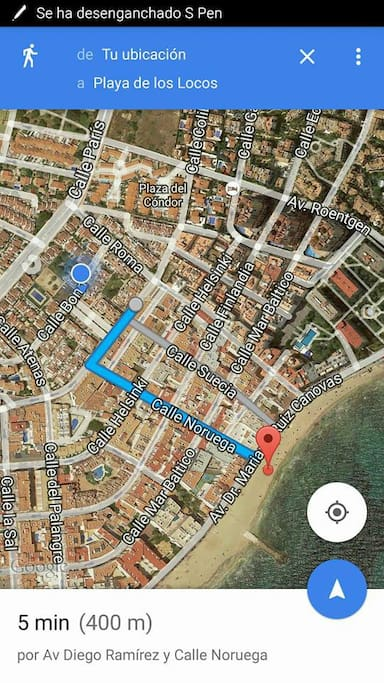 5 minutes 400 meters to the beach