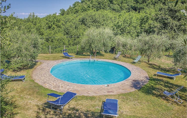 Holiday cottage with 6 bedrooms on 195m² in Bagnoregio VT
