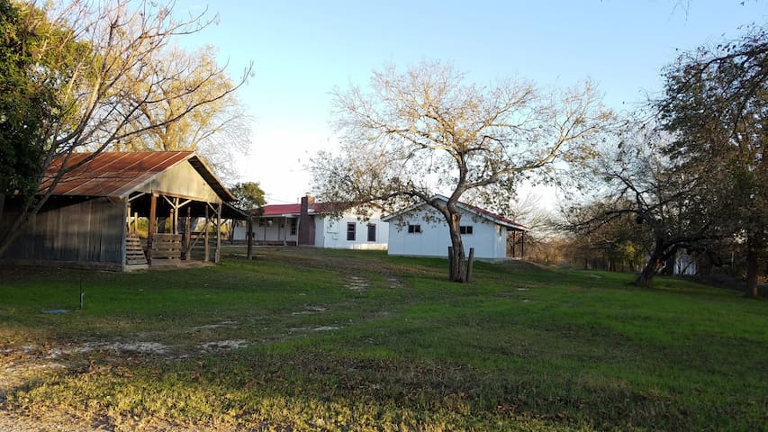 Meg's Little House on The River - Castroville