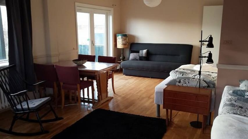 Cozy room for up to 5 persons in Thorlakshofn