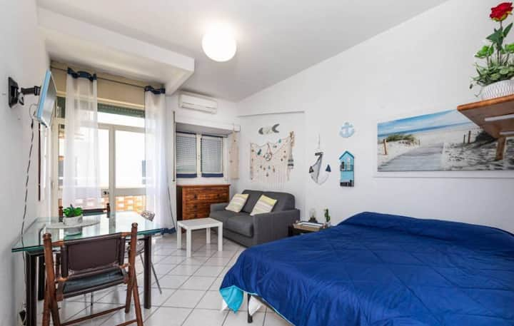 Appartamento vista MARE Ostia - Roma Sea Dreaming