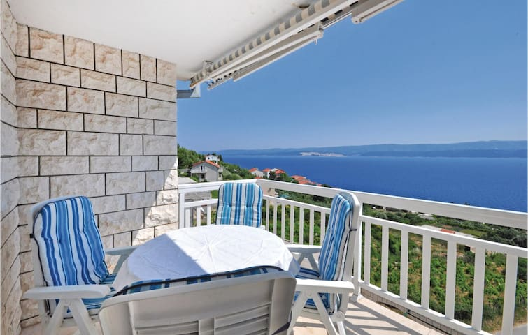 Holiday apartment with 2 bedrooms on 77m² in Stanici