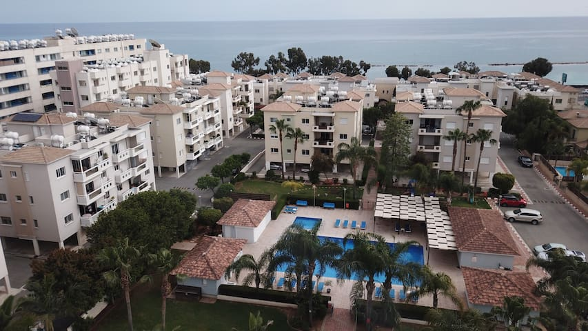 2BR apartment in tourist area by the sea Messogios