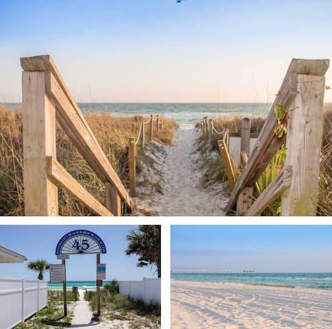 Beach Villa *Perfect for Families* *Steps to Beach*Pool*