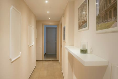 ANNAGUESTHOUSE B&B private bathroom - Roma