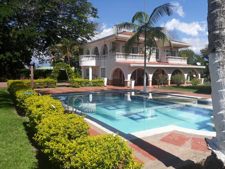 Chalet Villa Puebla Tebaida