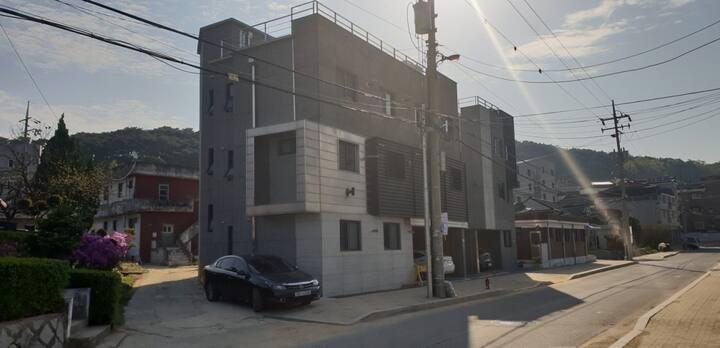 Guest House Near Haenggu-dong Cafe Street