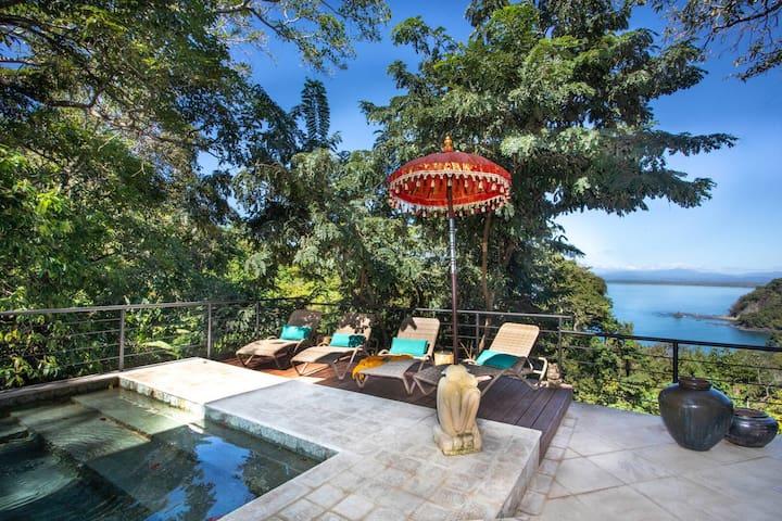 New Lux Villa w/Pool, Walking Distance From Beach