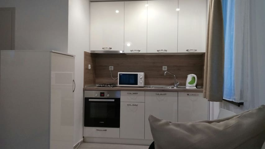 Cosy 2BD Apartment for up to 12 guests