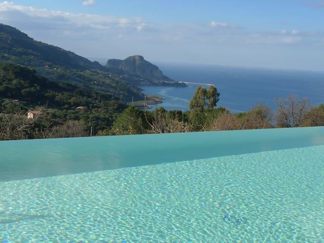 Stunning with sensational sea view - Cefalù - Villa