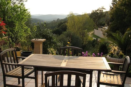 Air Conditioned Villa for 6 with Breathtaking View - La Londe-les-Maures