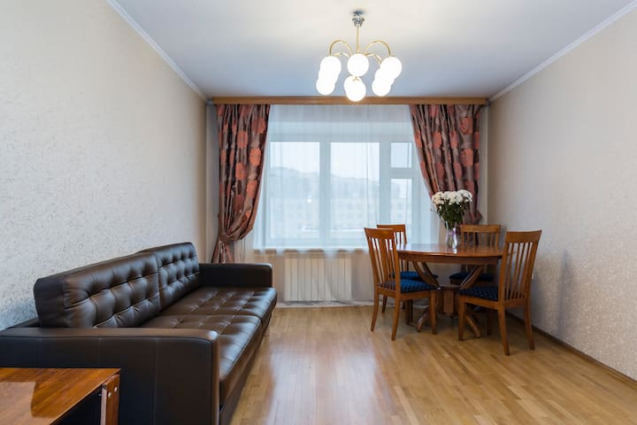 3-rooms apartment in the South-West - Санкт-Петербург - Huoneisto