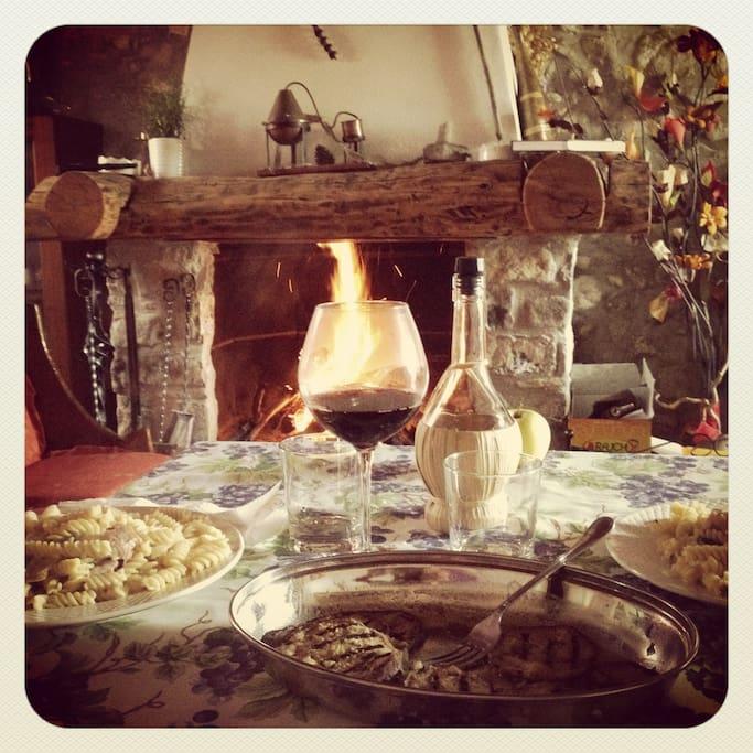 cena romantica a lume di camino...