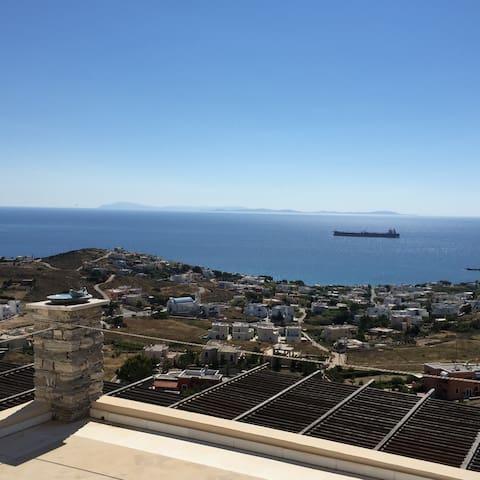No limit round Aegean sea view