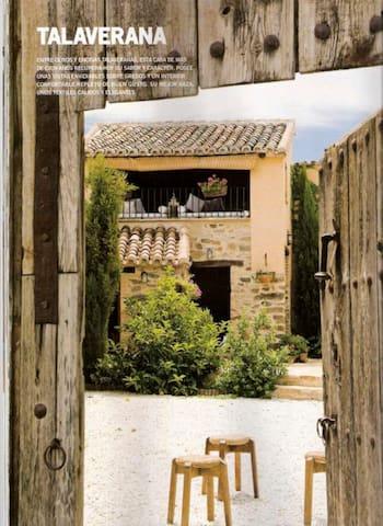 Romantic cottage dated in 1900 case in affitto a for Piani casa bungalow piccolo artigiano