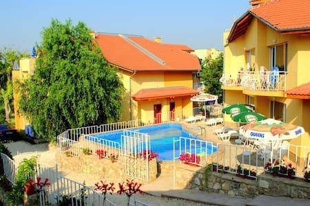 Iskar Villas - Kranevo, Bulgaria - Dobrich