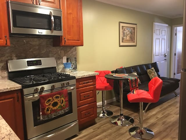 Frigidaire stainless appliances: oven with stove, microwave