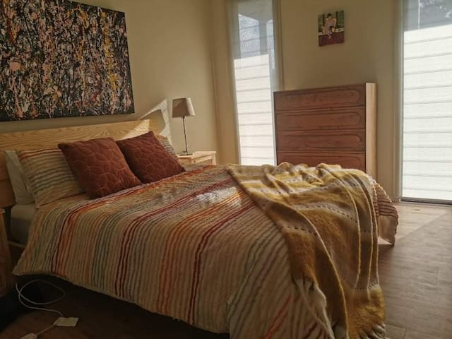 Second bedroom with luxury queen sized bed