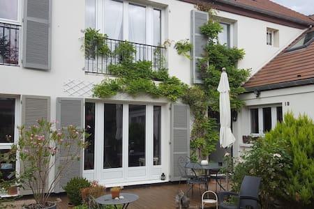 Maison accueillante et chaleureuse - Rambouillet