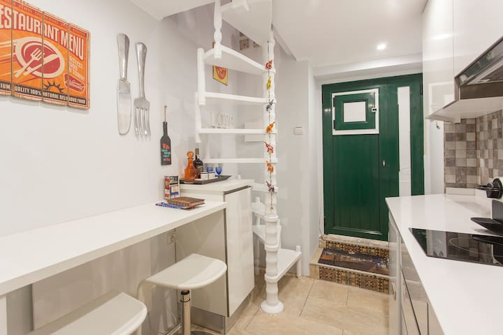 Flower I (near Castle St George) - Lisboa - Appartement