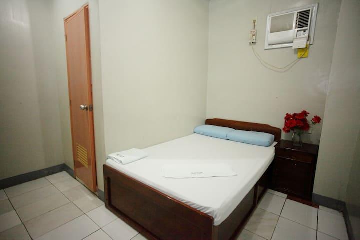 Marriett Inn ( 7th Room )
