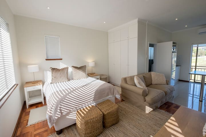 Somerset Lodge Luxury Self-Catering Apartment 1