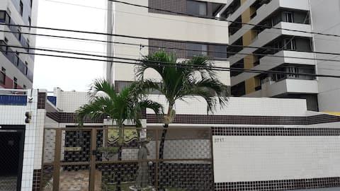 Apartamento confortável  na beira mar  de Olinda