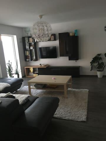 Felix's house
