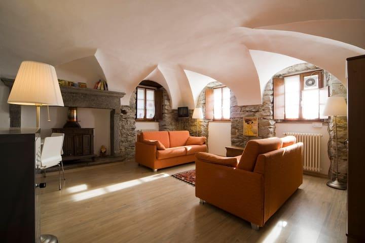 antica casa del 1721 Premia Terme - Cadarese - Wohnung