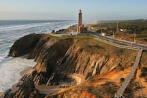 Farol de São Pedro de Moel - 21 km   São Pedro de Moel lighthouse - 21 km