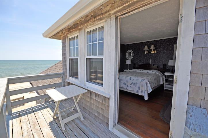 Room #1 Ocean Front Beach House Inn