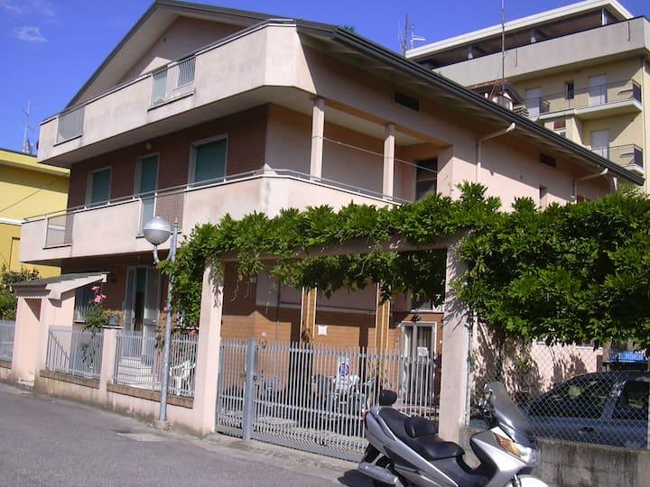 La tua Vacanza a Igea Marina In estate