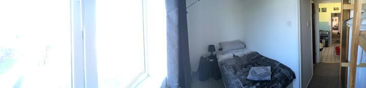 Small Single Room in Southampton