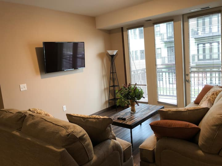 Pet Friendly 2 Bedroom Suite