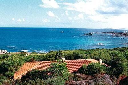 In front of the Sardinian sea - Aglientu - Villa