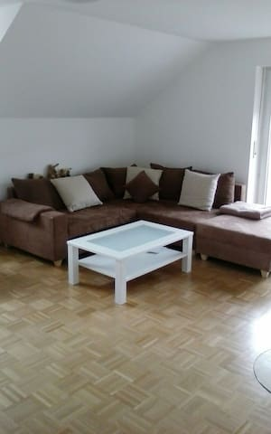 Clean, friendly, quiet flat - Ismaning - Apartmen
