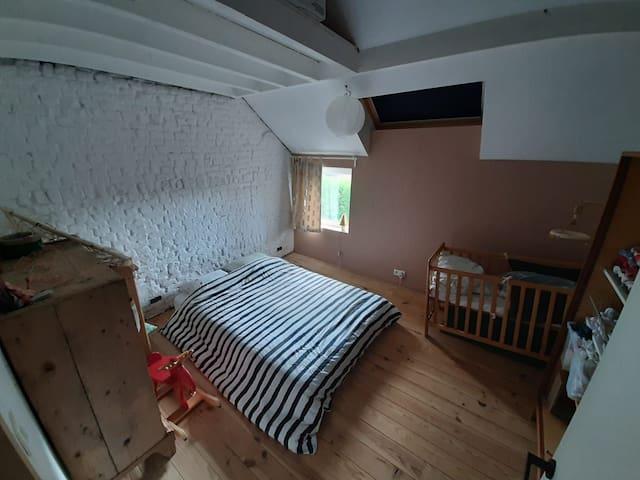 Chambre dans une habitation familiale