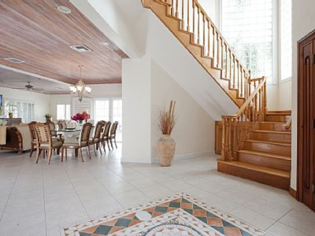 Oak staircase to second floor