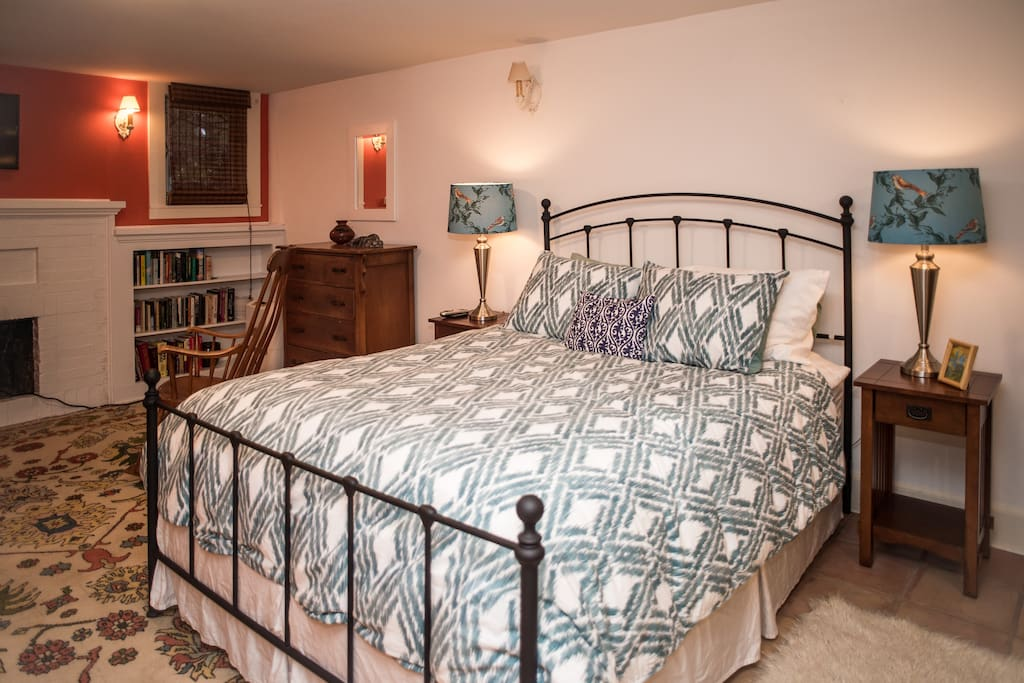 Queen size bed with brand new duvet and pillows