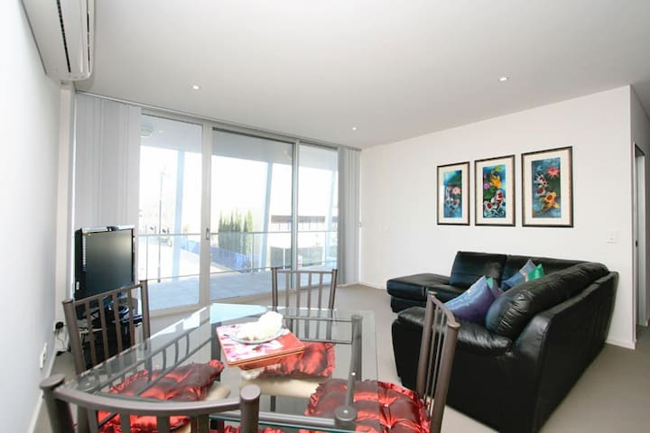 MAWSON LAKES LUXURY - Mawson Lakes - Appartement