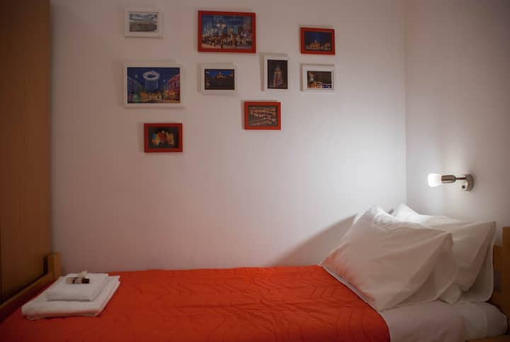 Triniti Red Apartment in the center of Novi Sad
