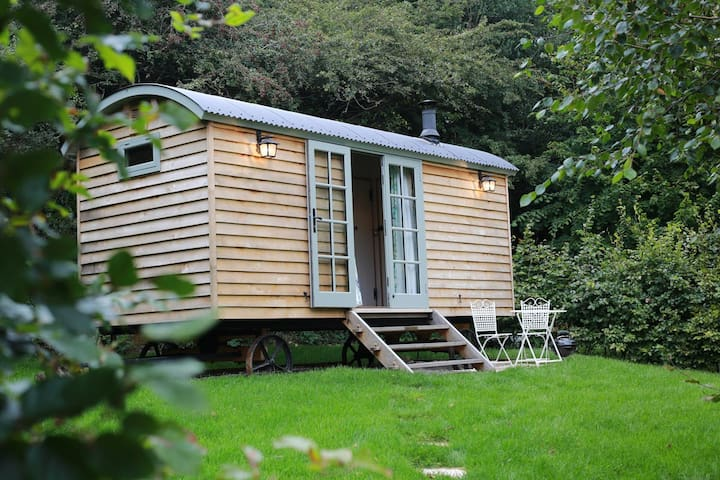 Melody Farm Shepherds Huts - Juniper - Cornwall - Cabana