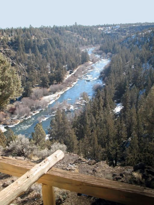 Views: Explore more than four miles of remote trails along the Deschutes River!