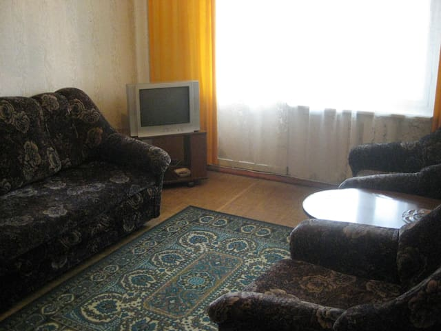 Посуточно квартиру в Челнах - Naberezhnye Chelny - アパート