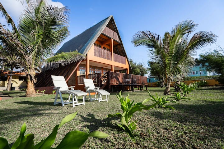 Ocean Villa, beachfront, superb beach location