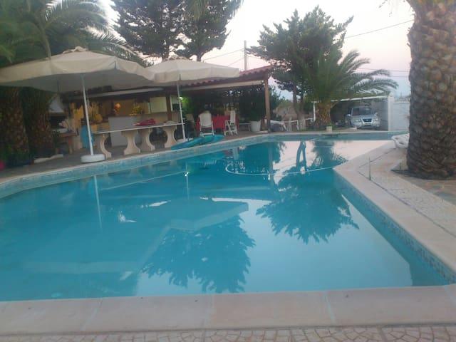 Villa Marjory - Legrena - Villa