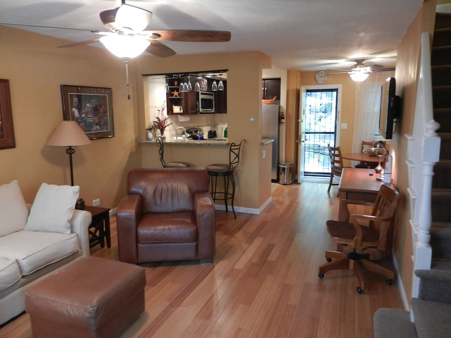 yankee nest maisons louer bronx new york tats unis. Black Bedroom Furniture Sets. Home Design Ideas