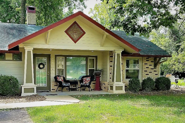 2nd Street Cottage