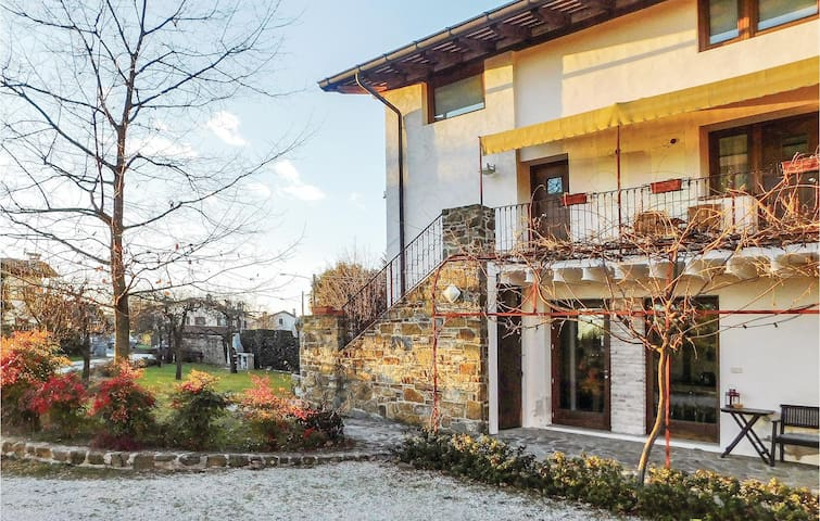 Holiday apartment with 1 bedroom on 50 m² in Capriva del Friuli GO