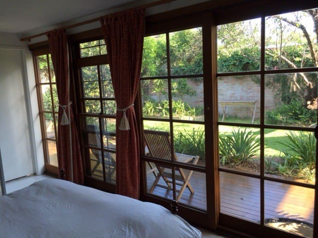 Private Garden Studio with air con - Redfern - Cabaña